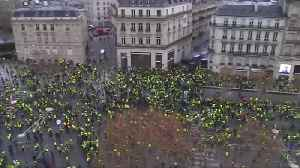 'Yellow vest' protests slow French economy, piling pressure on Macron [Video]