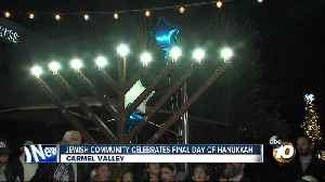 Local Jewish community celebrates final day of Hanukkah [Video]
