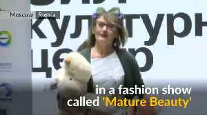 Older models hit the catwalk in Moscow [Video]