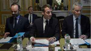 Macron Convinces French Banks To Freeze Fees In 2019 [Video]
