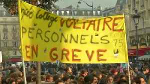 Students continue protests after Macron's conciliatory statement [Video]