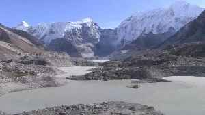 Flood concerns over Everest's picturesque glacial lakes [Video]