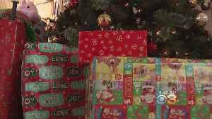 Brotherly Love: Salvation Army Donors Adopt Families For Christmas [Video]