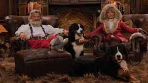 Goldie Hawn and Kurt Russell Make the Sexist Santa and Mrs. Claus Ever! [Video]