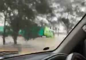 Hume Freeway Floods After Heavy Rains Hit Victoria [Video]