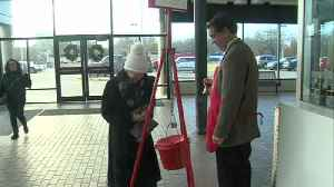 Mayor Bennett rings the Salvation Army bell [Video]