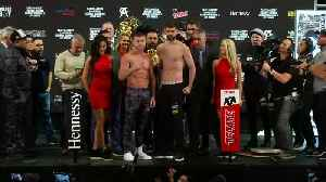 News video: Canelo and Fielding weigh-in ahead of Saturday fight