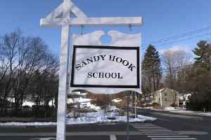News video: Sandy Hook Elementary School Evacuated Due to Bomb Threat