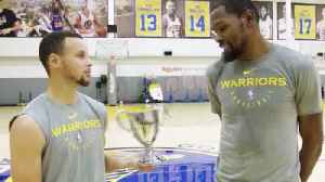 Steph Curry & Kevin Durant Go 1-On-1 To Decide Who Keeps SI Sportsperson Of The Year Award! [Video]