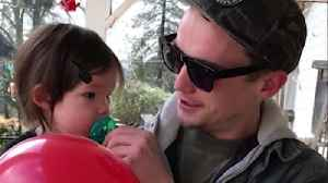 Dad bursts into tears at his first glimpse of colors [Video]