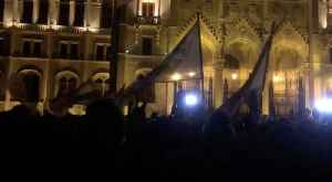 Protesters Chant After Police Deploy Tear Gas at Hungarian Parliament [Video]