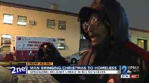Man on a mission to bring Christmas to homeless in 50 states arrives in Baltimore [Video]