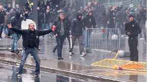 News video: Brussels: Far-Right Activists Pelted With Water Cannons