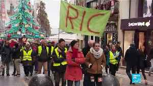 'Yellow Vests' open a new front in the battle: Popular referendums [Video]