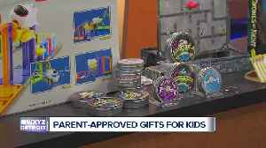Southfield moms share parent and kid-approved Christmas gifts [Video]