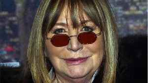 Penny Marshall Dies At 75 [Video]