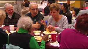 VIDEO:Local volunteers serve hot, holiday meal to those in need [Video]