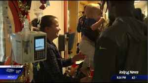 Seahawks make a visit to Sacred Heart Childrens Hospital [Video]