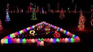 Homeowner in Indiana puts 90,000 Christmas lights on display [Video]