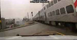 Mokena Police Patrol Car Narrowly Misses Oncoming Train After Crossing Gate Fails to Lower [Video]