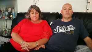 Couple become trapped in 10th floor flat over Xmas [Video]