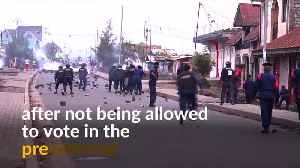 Congolese police clash with protesters, fire tear gas to disperse them [Video]