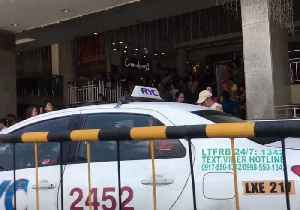 Shoppers Evacuate Shopping Mall as Major Earthquake Hits Philippines [Video]