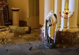 Firefighters Work to Repair Church Damaged in Sicily Earthquake [Video]
