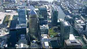 UK firms must publicise pay gap between workers and executives [Video]