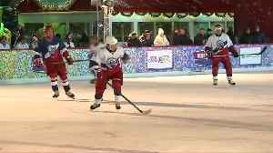 Putin scores five times in ice rink on Red Square [Video]