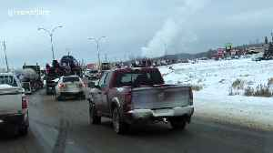 Large convoy in northwestern Alberta city shows support for Canada's oil and gas sector [Video]
