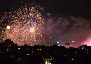 Sydney Fireworks Display Goes Ahead Despite Downpours [Video]