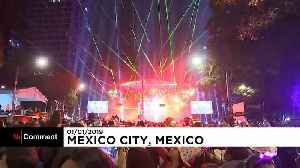 Lasers replace fireworks for Mexico City New Year's Eve celebrations [Video]