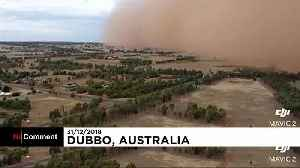 Watch : Spectacular dust storm arrives in Australia on New Years Eve [Video]