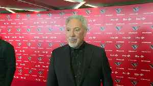 Sir Tom Jones wants to do more rapping with will.i.am [Video]