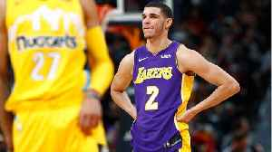 Lonzo Ball Booed By Lakers Fans For Missing Free Throws [Video]