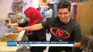 Syrian refugees immigrate to Milwaukee and open restaurant [Video]