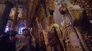 Ukraine's newly independent Church is blessed during mass in Istanbul [Video]