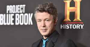 Actor Aidan Gillen Says Former 'Wire' Costar & SMA Idris Elba Is a 'Great Actor' [Video]