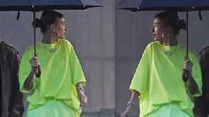 News video: Hailey Baldwin STEALS Selena Gomez's Look by Wearing SAME T-Shirt!