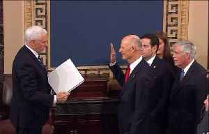 Rick Scott sworn in as senator [Video]