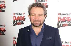 Eddie Marsan had Orlando Bloom's ears in his loft! [Video]