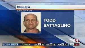Search under way for missing boater off Englewood [Video]