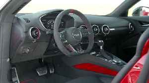 Audi TTS Coupé Interior Design in Tango red [Video]
