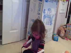Toddler has Hot Takes on Christmas Day [Video]