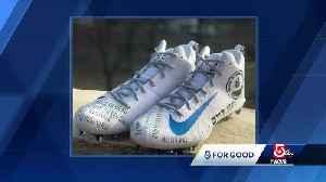 Julian Edelman's special cleats sold for $10,000 to benefit Jewish Federations [Video]