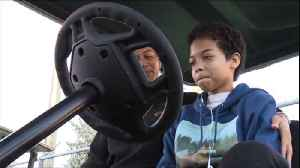 Make A Wish Foundation grants Lake Worth teen's wish for customized golf cart [Video]