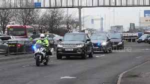 Police escort Japan PM Shinzo Abe through London on UK visit [Video]
