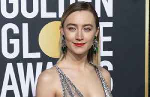 Saoirse Ronan's 'diva' Mary Queen of Scots horse [Video]