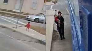 Bus Driver Stops to Rescue Baby Walking Barefoot Through Milwaukee Alone [Video]